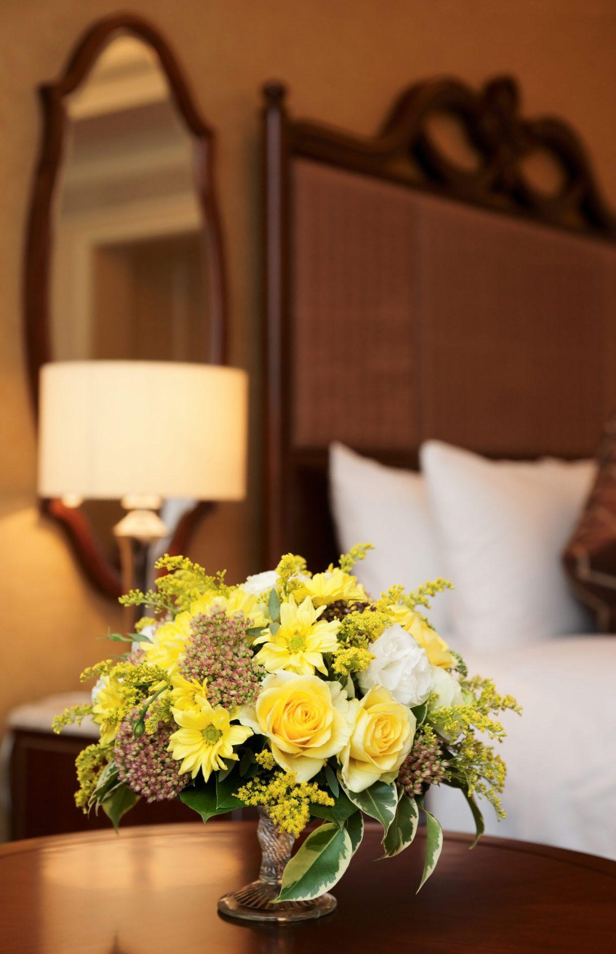Hotel Flowers Arbour Blooms