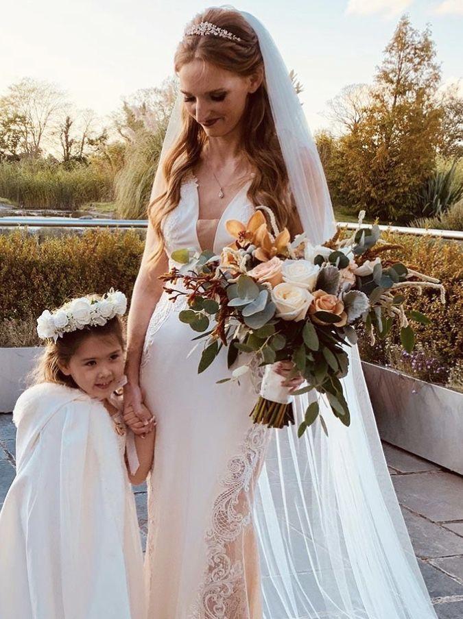Laura & Adrian Wedding Arbour Blooms
