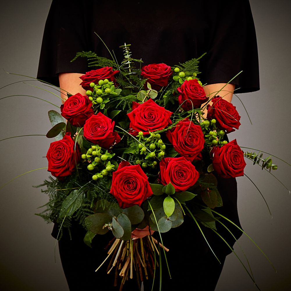 Red Rose Hand Tied 1 Arbour Blooms