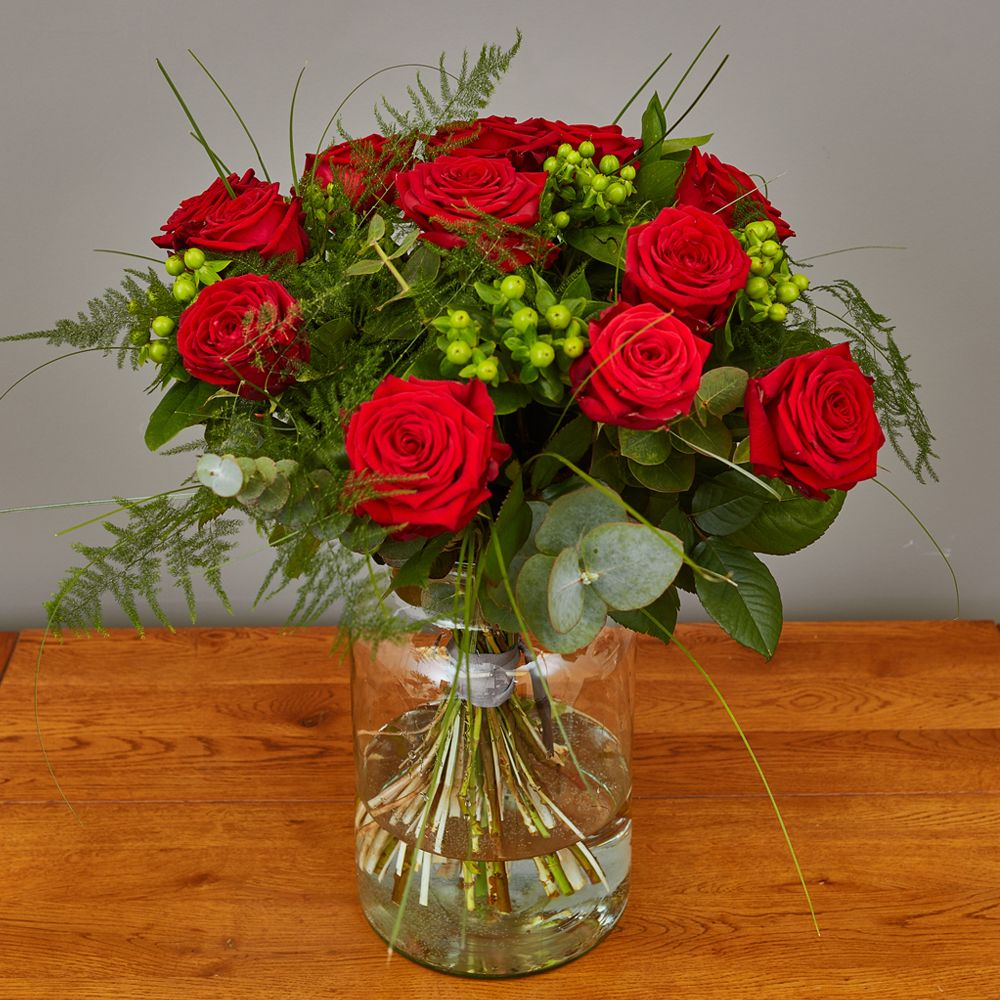 Red Rose Hand Tied 2 Arbour Blooms