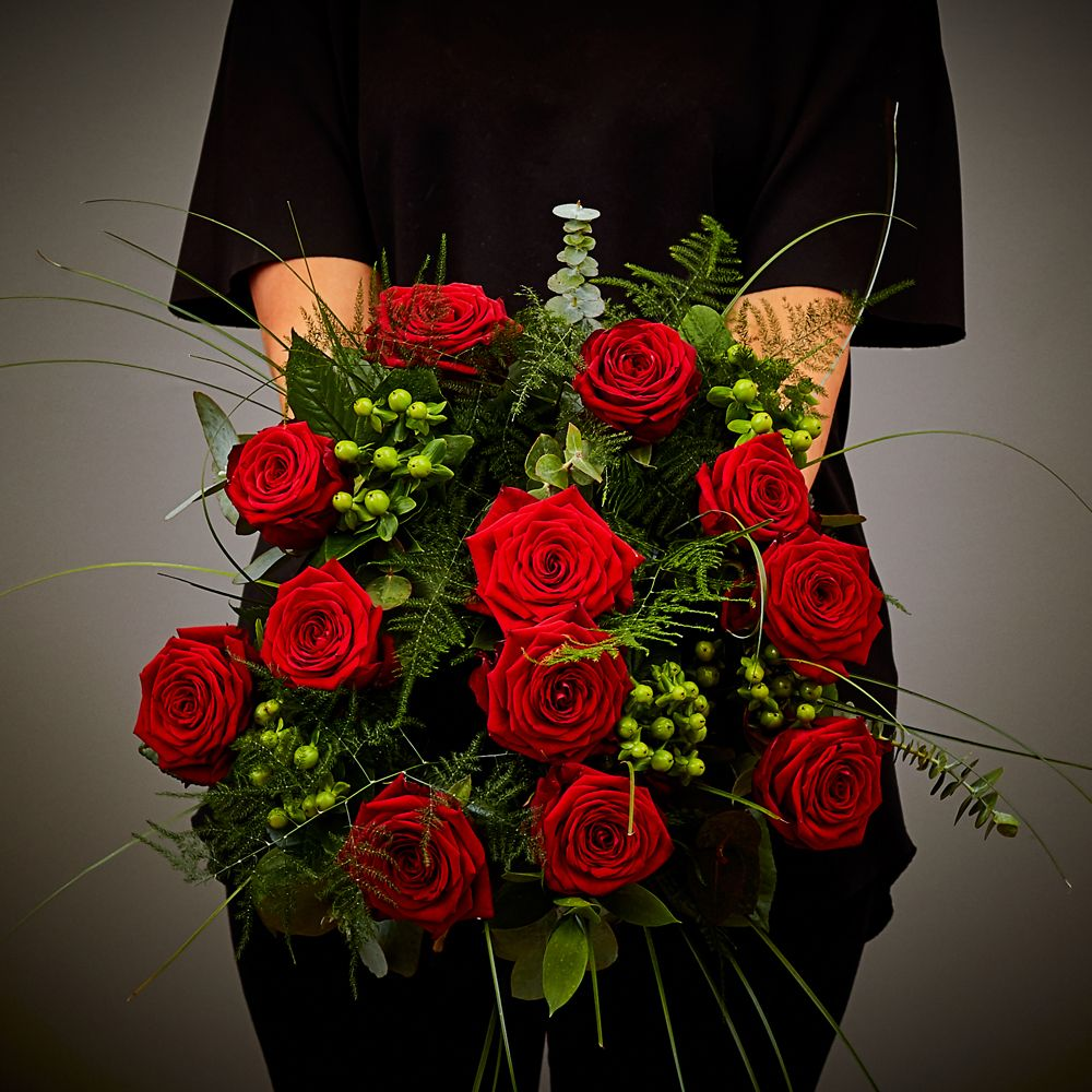 Red Rose Hand Tied Arbour Blooms