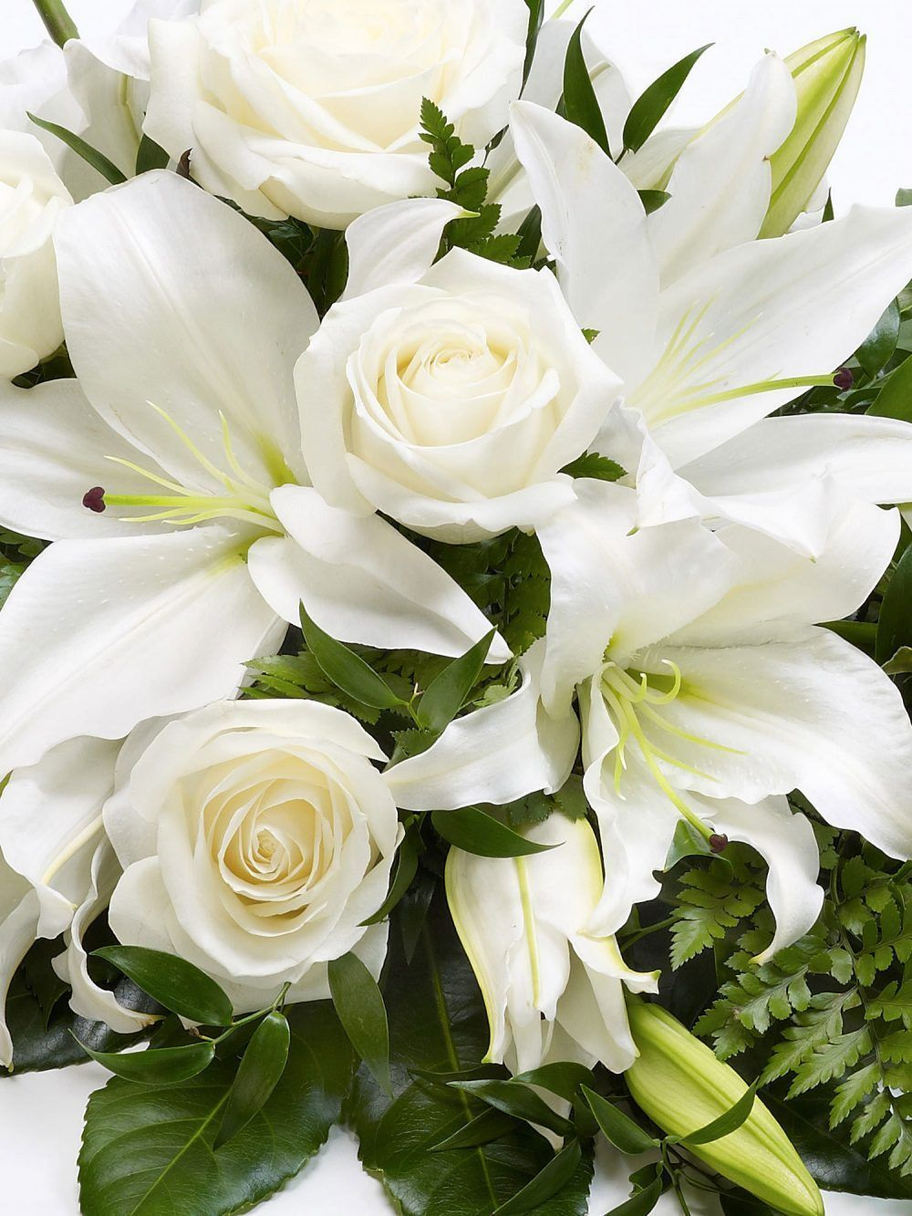 Rose And Lily Spray White 1